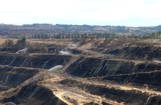 Turning Hazelwood's empty coal mine into a lake could help heal mining towns