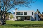 Bold geometry: Wanaka House