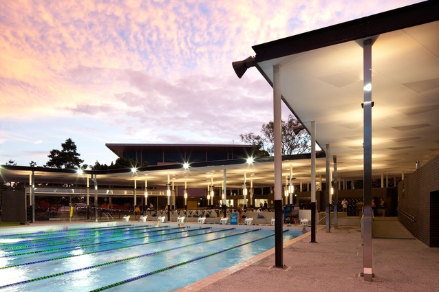 The David Theile Olympic Swimming Pool, The University of Queensland by m3architecture.