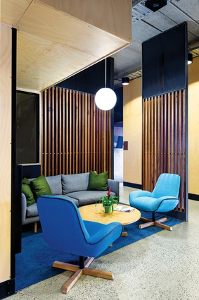 The use of primary colours on the facade has been continued throughout the furnishings in the interior.
