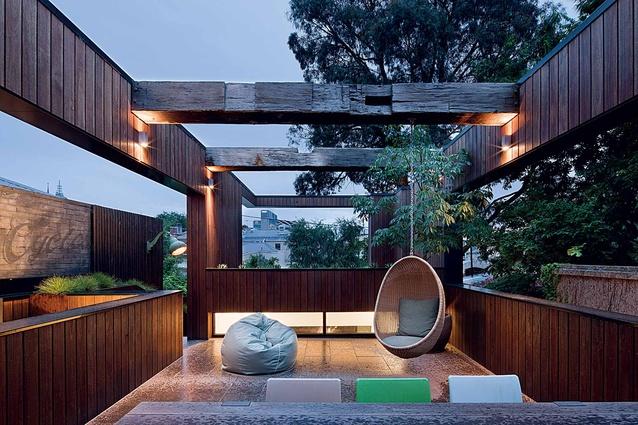The oversized external deck area.