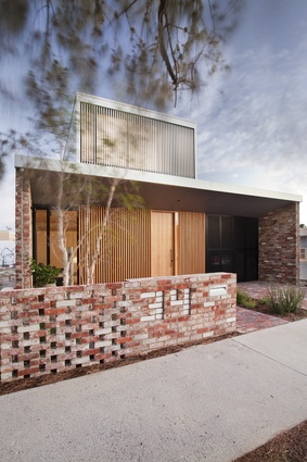 Price Street House by Yun Nie Chong and Patrick Kosky.