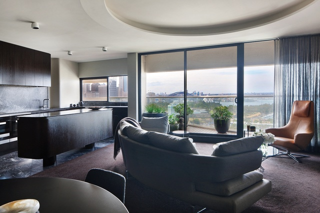 Dialogue with Seidler: Horizon Apartment
