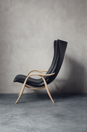 Signature chair by Frits Henningsen for Carl Hansen & Sons.