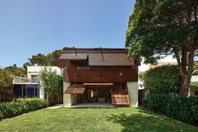 Operable Facade Pittwater (NSW) by Andrew Burges Architects.