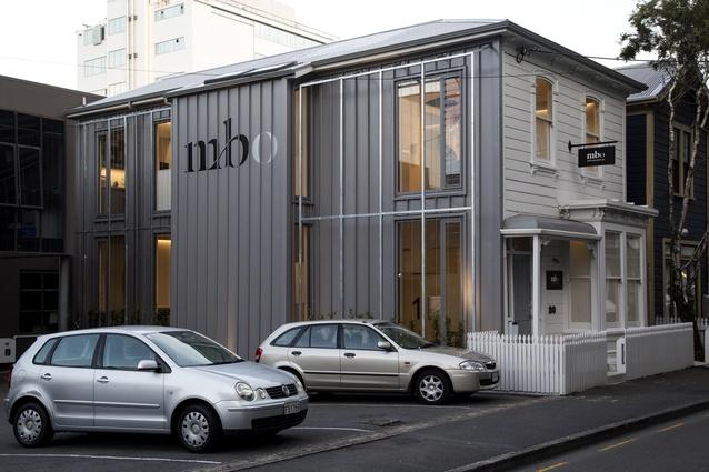 Commercial Architecture Award: Matt Barker Orthodontist by atelierworkshop.