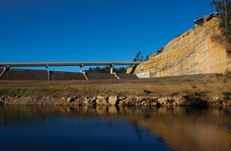 Warragamba Dam's visitor centre and masterplan by Lahz Nimmo and Spackman Mossop and Michaels