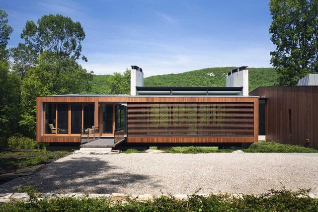 Hot House: The Bridge House