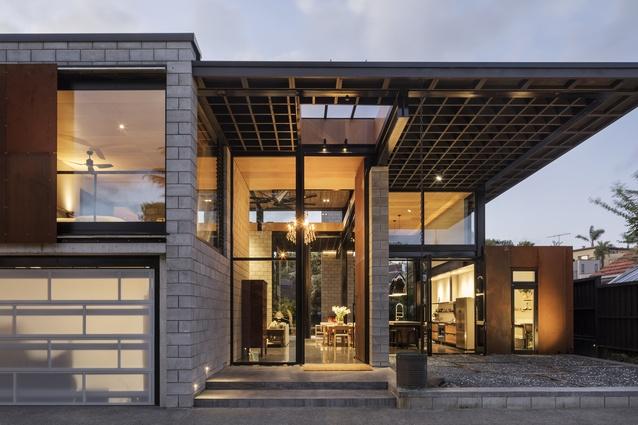 Housing winner: Davis House, Orakei by Mercer & Mercer Architects.