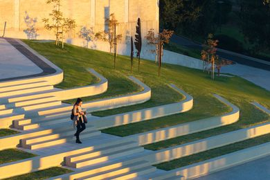 Flinders University and Hub Plaza by Oxigen in association with Woods Bagot.