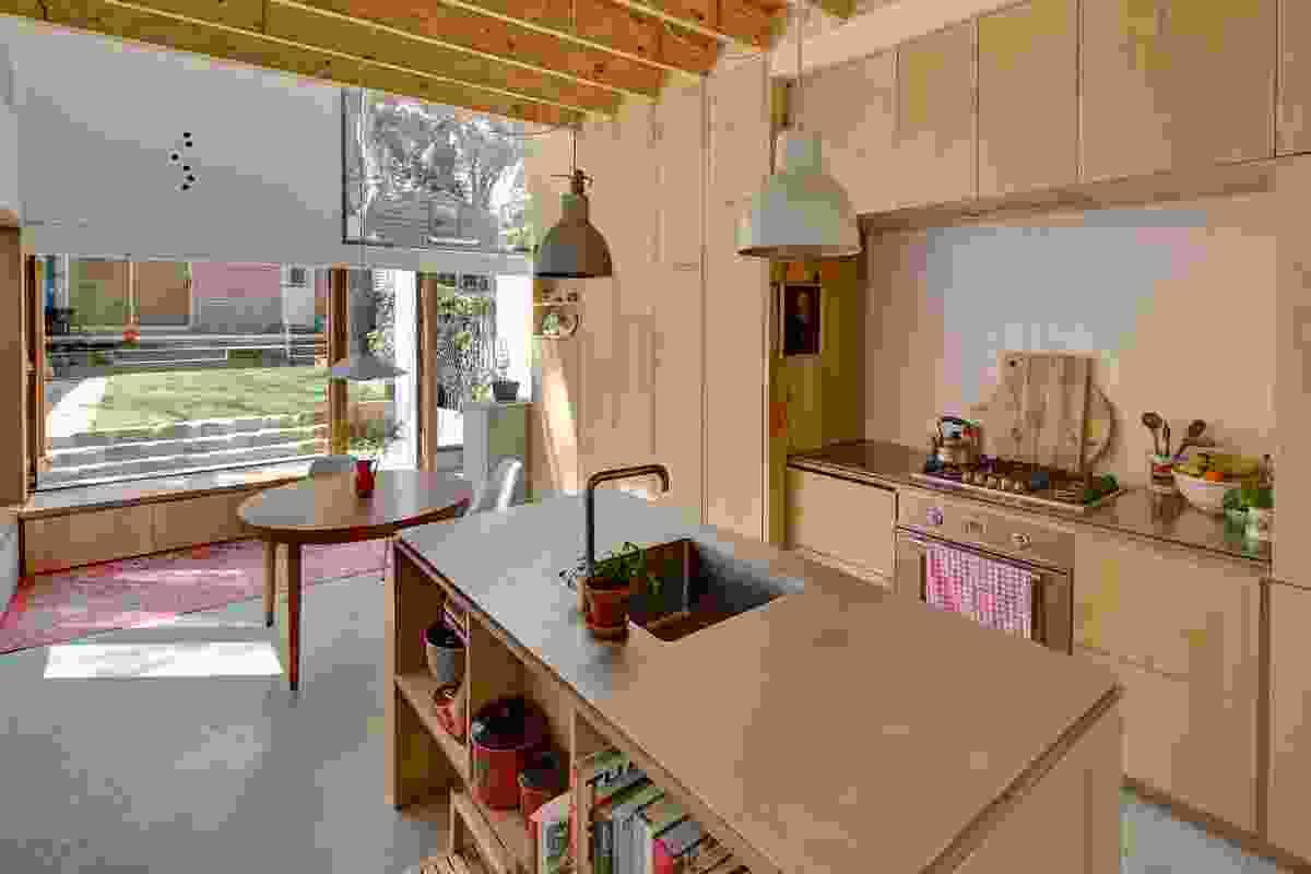 3x2 House by Panovscott.
