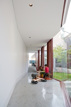 The faceted hallway in the Annandale House by CO-AP Architects.