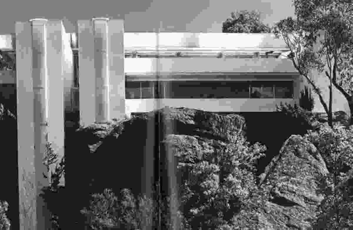 Gowing House by Neville Gruzman (1969)