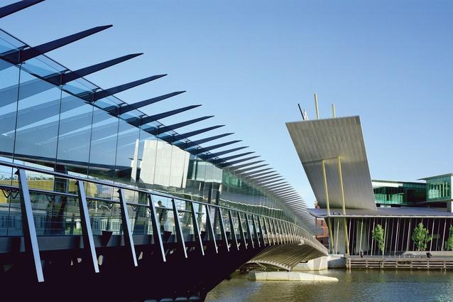 Spencer Street Footbridge by Peter Elliott Architects.