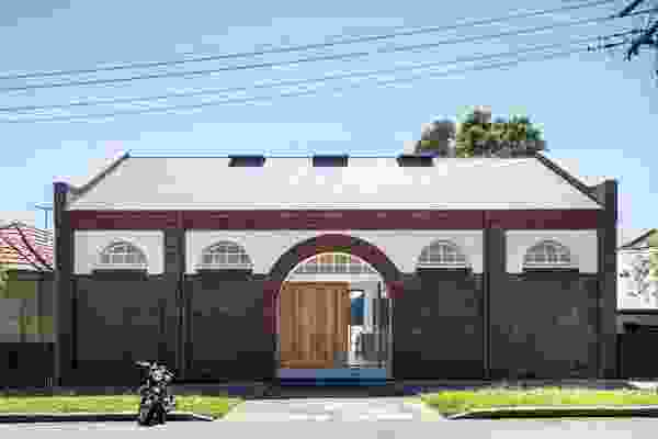 The original drill hall, built between 1904 and 1906, has been imaginatively restored and recast as a sophisticated three-storey home.