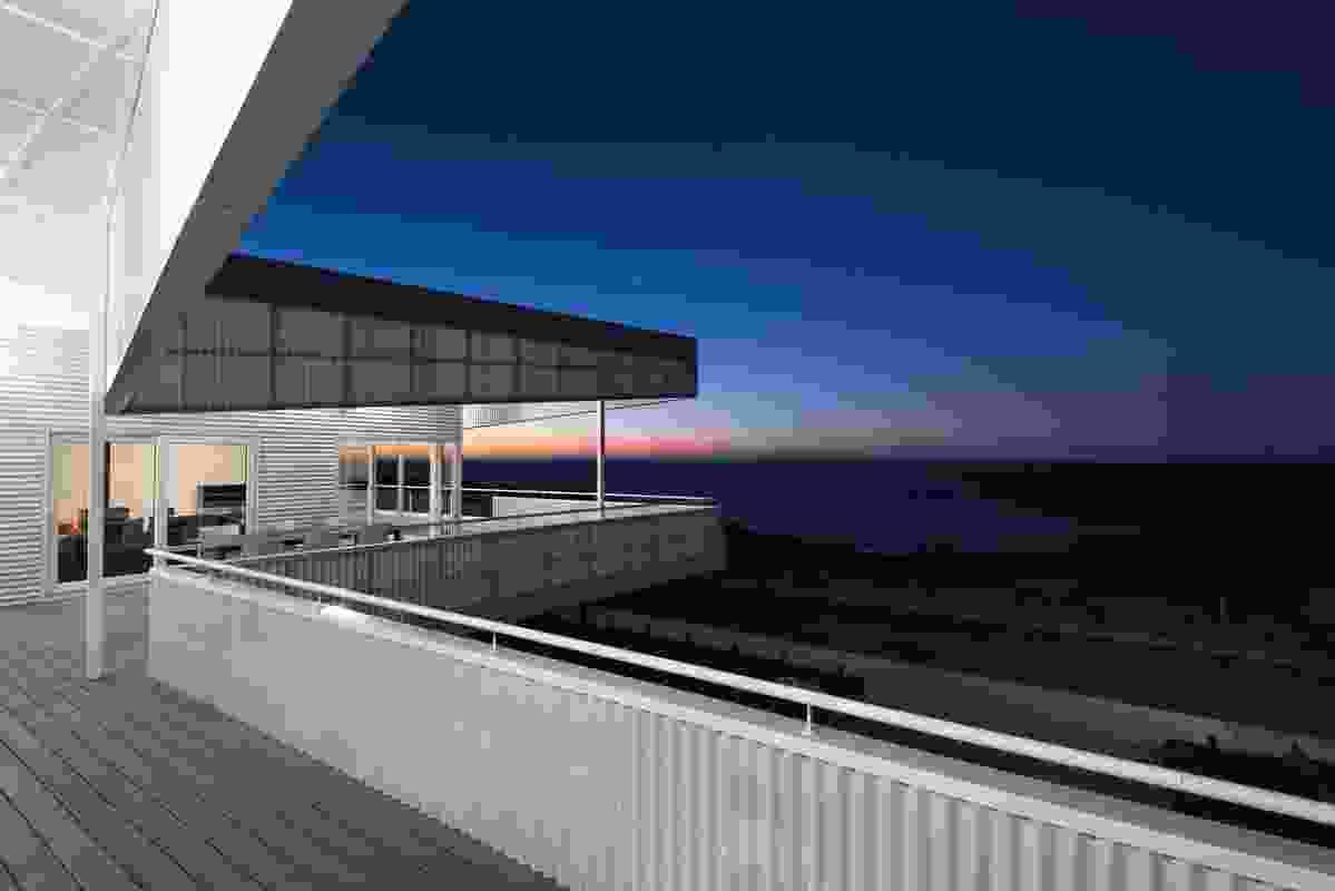 Falcon Beach House by Iredale Pedersen Hook Architects.