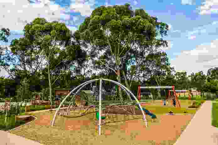 Bonython Park Upgrade – New Playspace by WAX Design and Ric Mcconaghy.