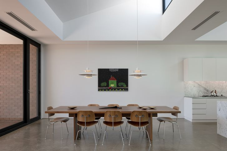 St Peters House by Con Bastiras Architects