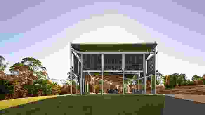 AGL Lakeside Pavilion by Kennedy Associates Architects.