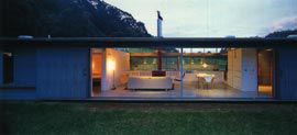 Fletcher-Page House, Kangaroo Valley, 1997-2000. Image: Anthony Browell.
