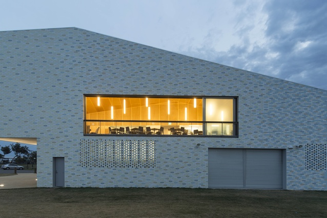 Kempsey Crescent Head Surf Life Saving Club by Neeson Murcutt Architects.