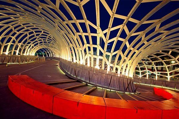 Webb Bridge, by Denton Corker Marshall in collaboration with artist Robert Owen.