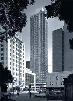 Park Regis units, Park Street, Sydney, 1968, by Stocks and Holdings (later Stockland Trust). Image: Max Dupain, 1968.