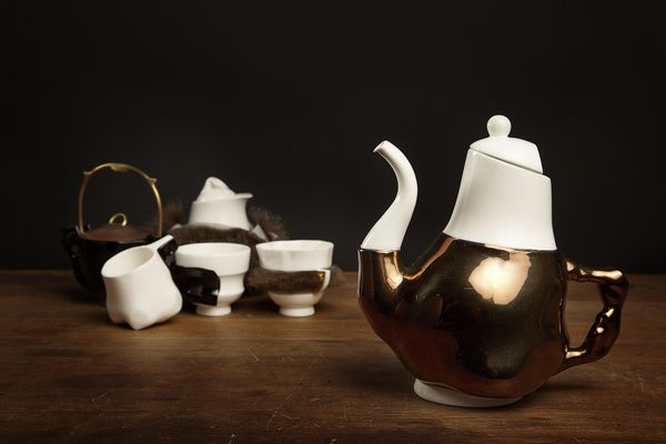 Briggs Family Tea Service from the Broached Colonial collection (2011) by Trent Jansen.