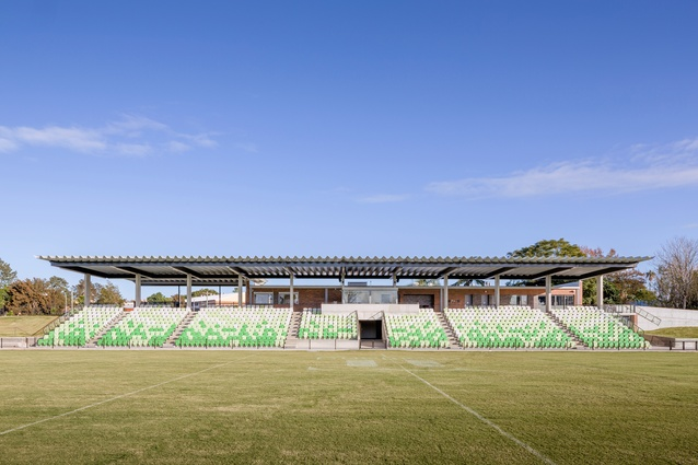 Maitland No.1 Sportsground by Maitland City Council in association with the NSW Government Architect's Office and CKDS.