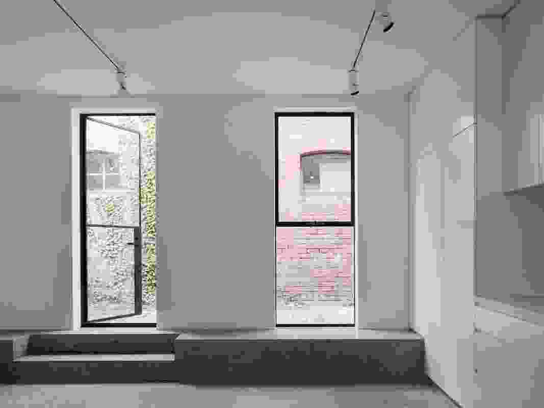 Argyle Street Apartments by Pandolfini Architects.