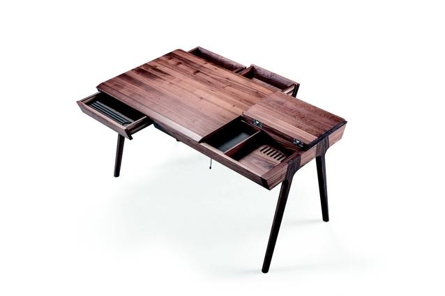 Metis Desk from Wewood.