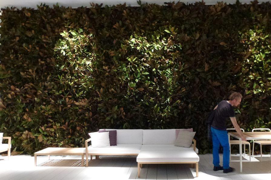 Garden wall at Pierantonio Bonacina stand.