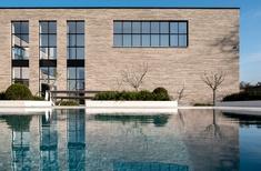PGH Bricks introduces new large format Lang Mursten range