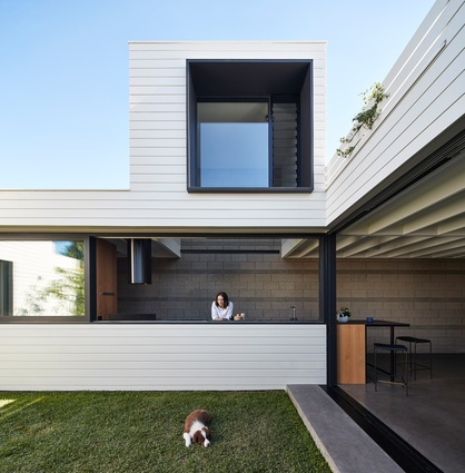 House to Catch the Sun by Make Architecture.