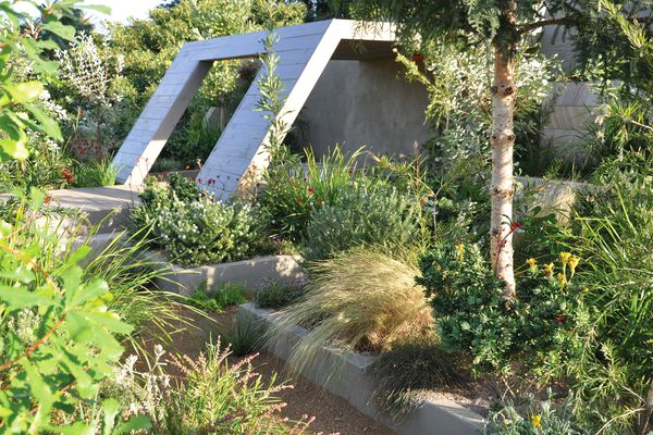 Jim Fogarty Design's entry in the 2013 Australian Garden Show Sydney. Jim Fogarty is an Australian landscape architect who is well known for embracing plant diversity in his projects.