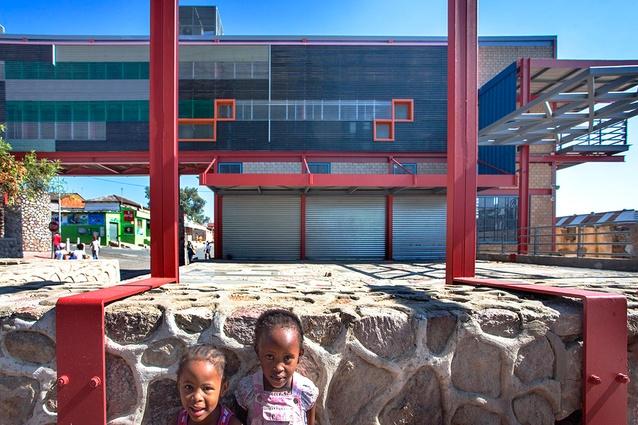 Alexandra Interpretation Centre by Peter Rich Architects.
