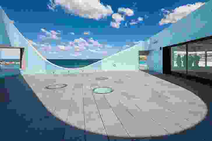 The upper-floor outdoor observation deck between meeting room and members' lounge.