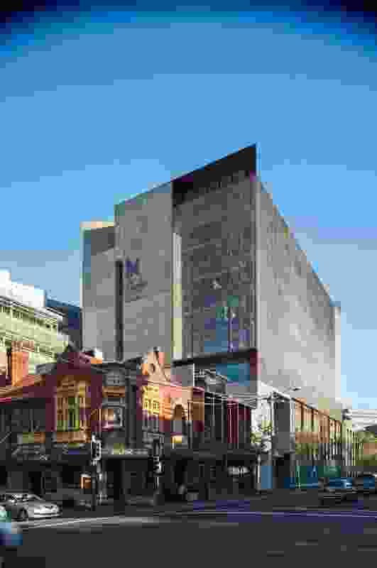 The Kinghorn Cancer Centre by BVN Donovan Hill.