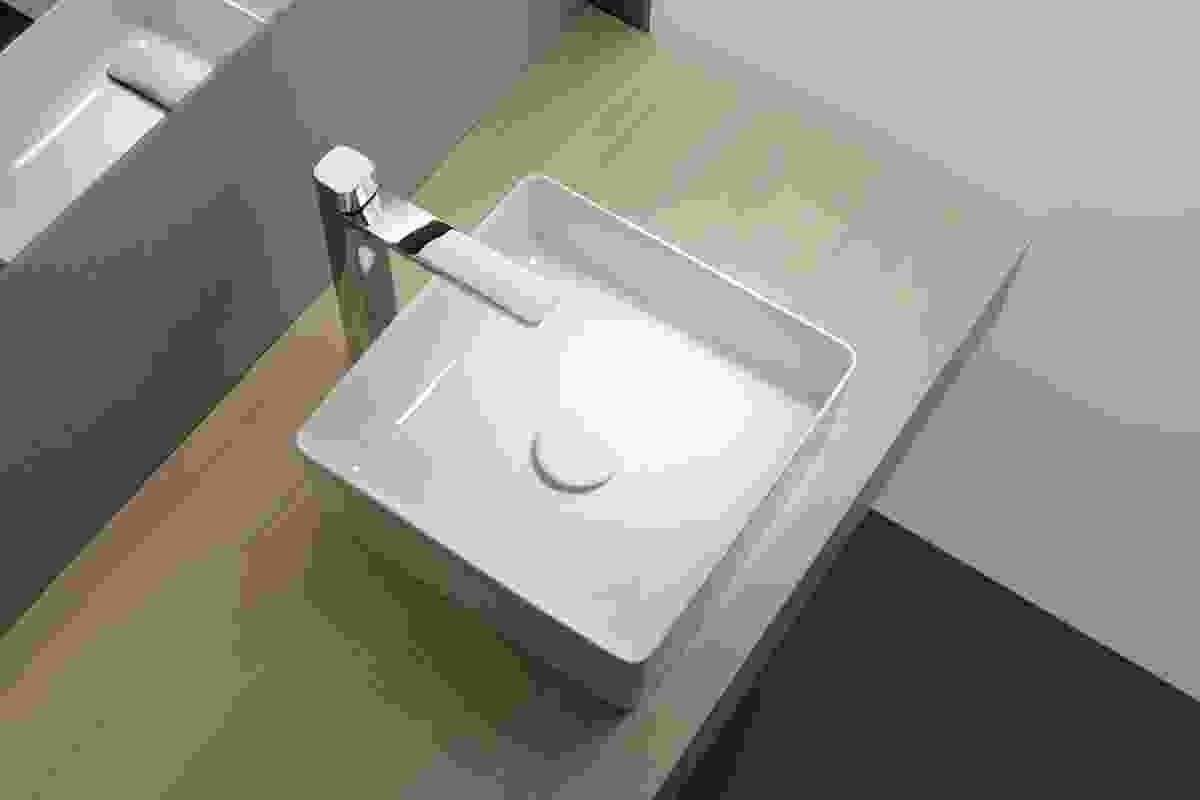Living Square basin in SaphirKeramik by Andreas Dimitriadis.