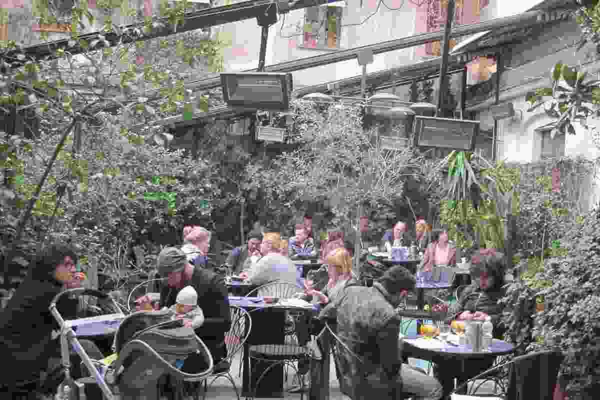 10 Corso Como courtyard cafe.