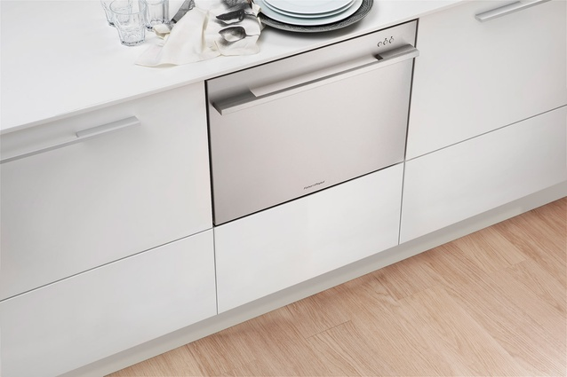 Fisher & Paykel 900 mm DishDrawer.
