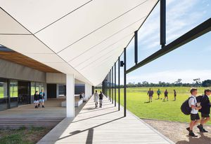 Braemar College Stage 1, Middle School by Hayball.