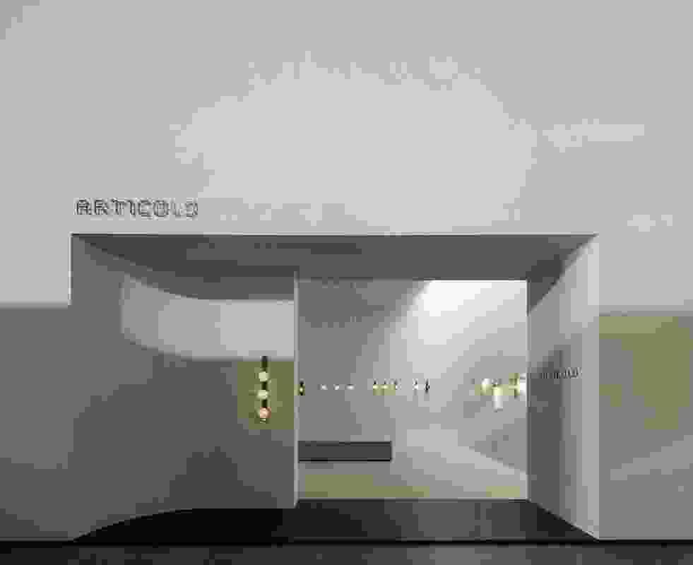 Articolo Lighting, Milan by Studio Goss.