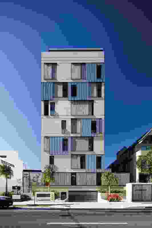 """Architect Virginia Kerridge's """"painterly approach"""" to design informed the artfully detailed, articulated facades of M3565 Main Beach Apartments ."""