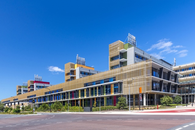 Sunshine Coast University Hospital (Qld) by Architectus Brisbane and HDR Rice Daubney as Sunshine Coast Architects.