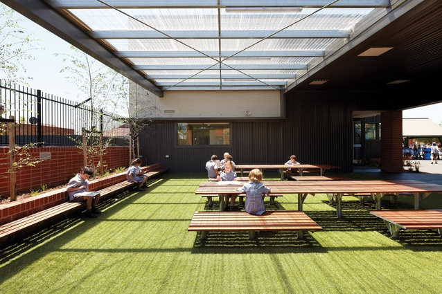 Modern Outdoor Classroom ~ Three school projects go beyond the classroom architectureau