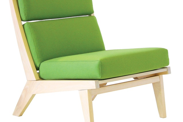 Trans-form-it lounge chair from Deka's New Office collection.