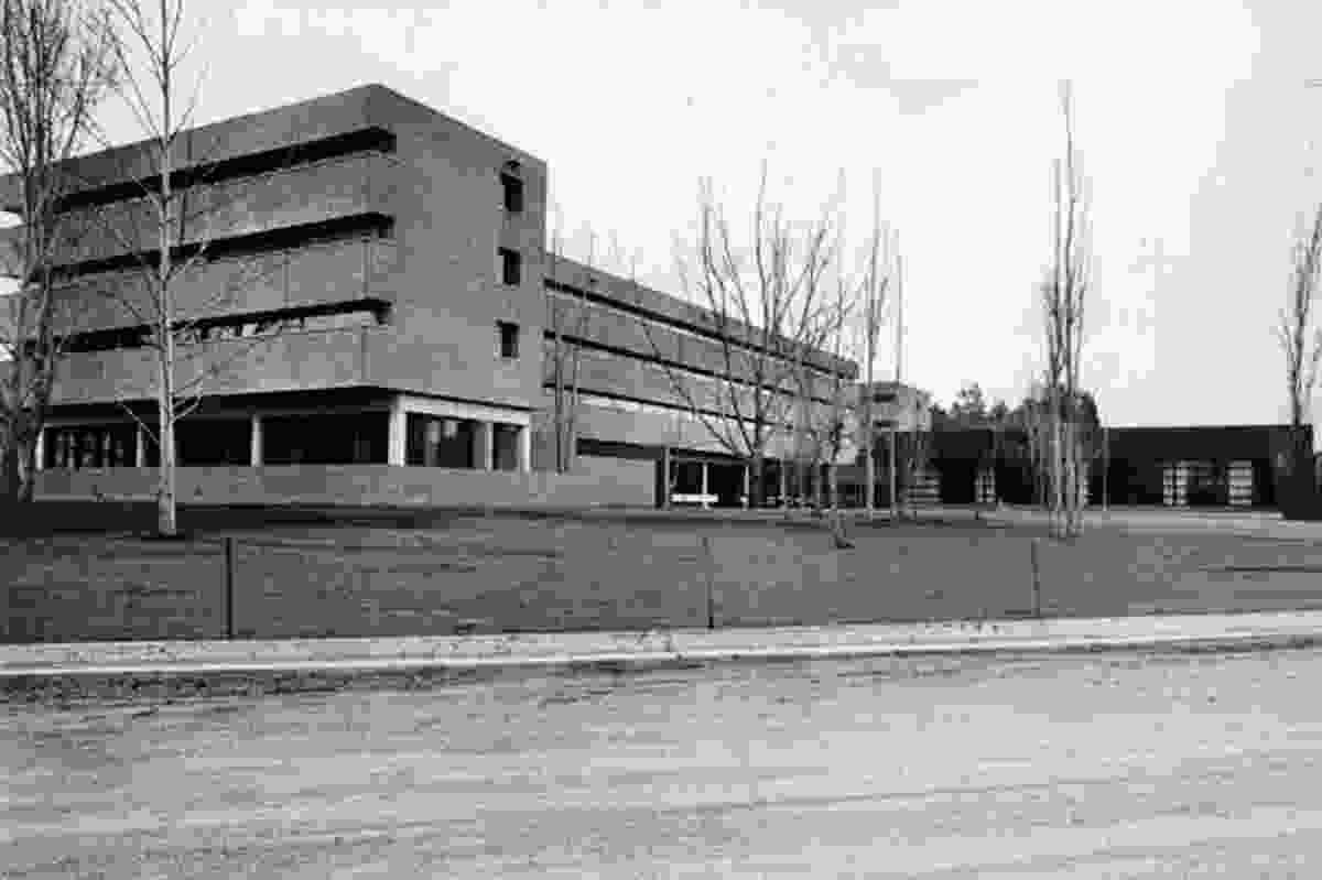 Dirk Bolt, Burgmann College.
