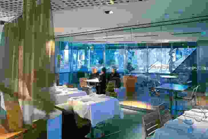 2005 Hospitality Design Award: Taxi Restaurant by Maddison Architects.