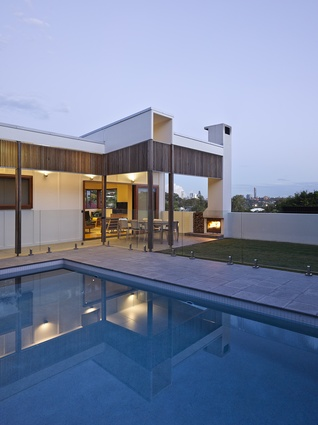 Gracemere House by Cox Rayner Architects.